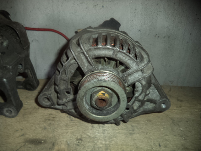 Alternator Mitubishi Space Star 1.3 16V, 1.6 16V cod 01243250084
