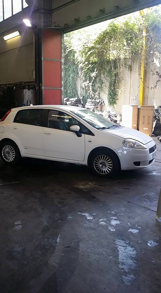 Din dezmembrari piese Fiat Grande Punto 1.4 8V 2008