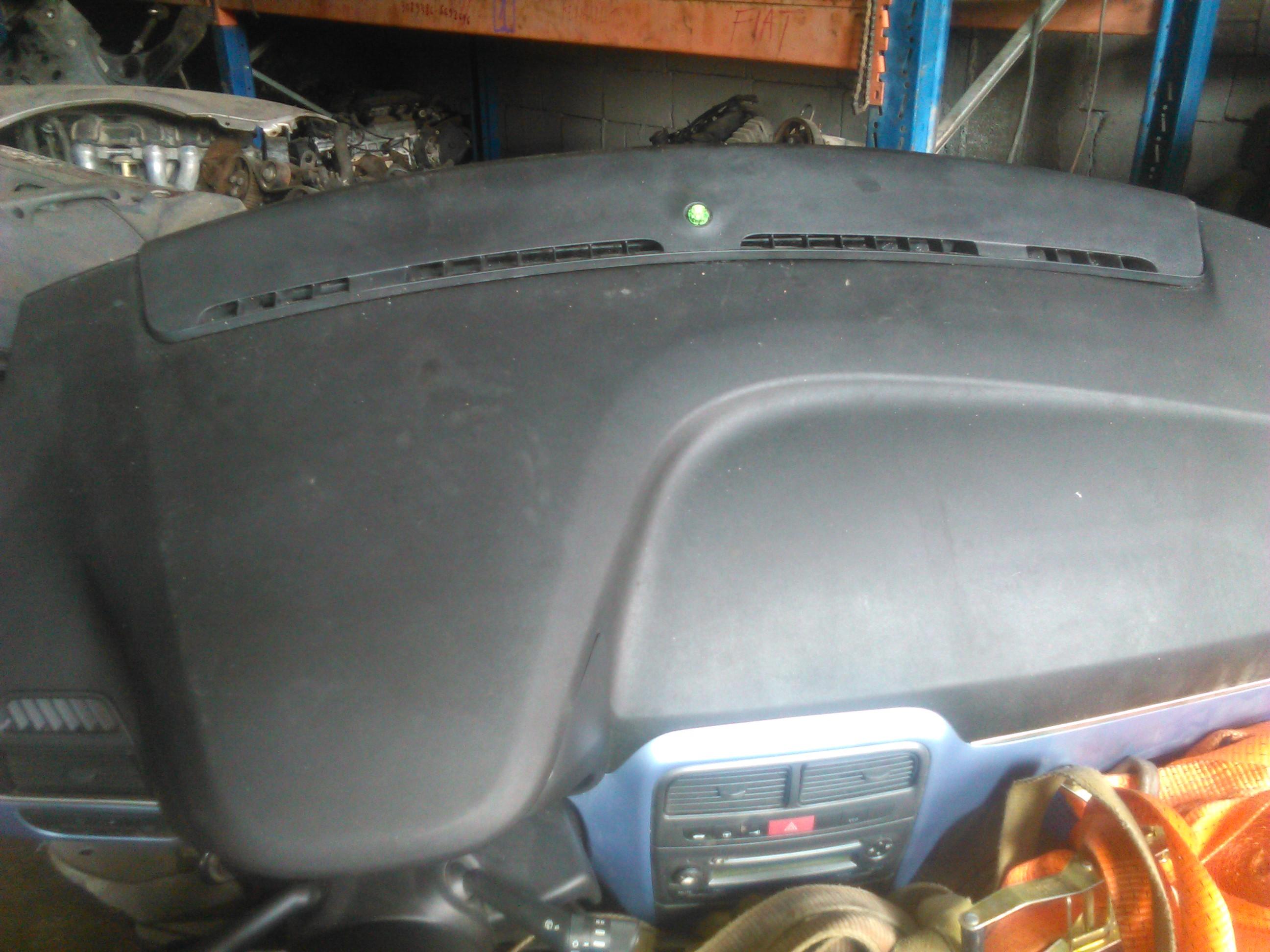 Plansa bord cu airbag-uri Fiat Grande Punto 2008