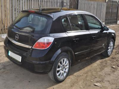 Dezmembrari Opel Astra H 1.7cdti