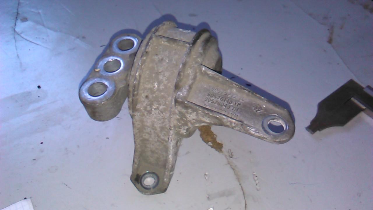 Suport motor Opel Zafira 2.0dti cod 90576148yp