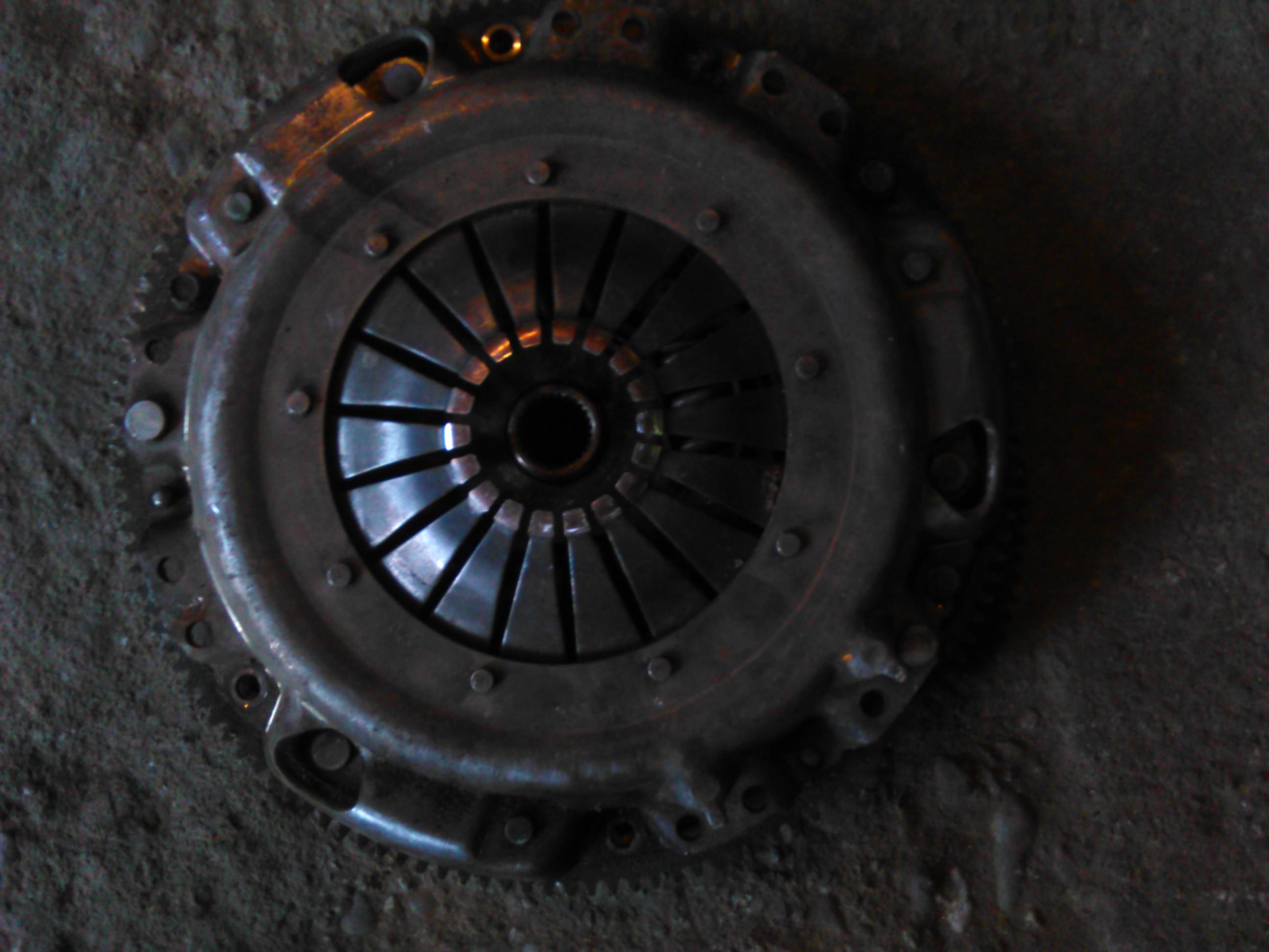 Ambreiaj Vw Polo 1.4tdi motor BNM cod volanta 045105273