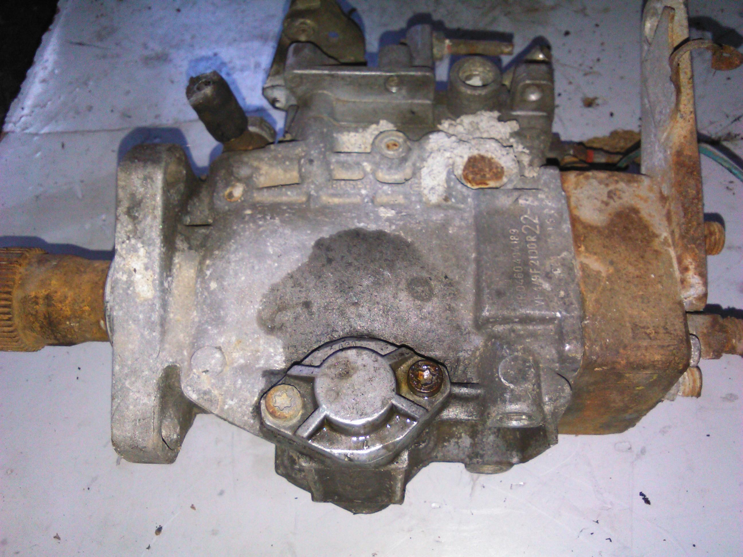 Pompa de injectie Fiat Ducato 2.5d 814067 cod 0460494189
