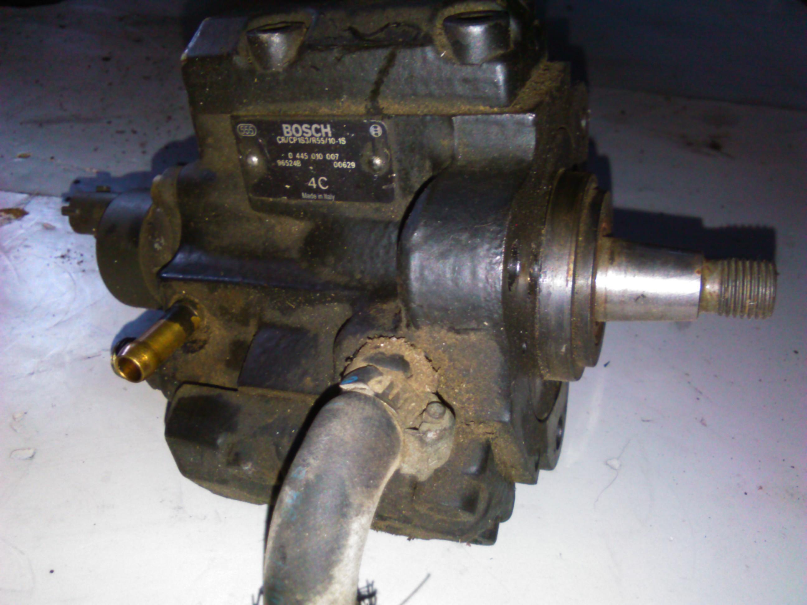 Pompa inalta presiune Alfa Romeo 145 1.9jtd,cod 0445010007