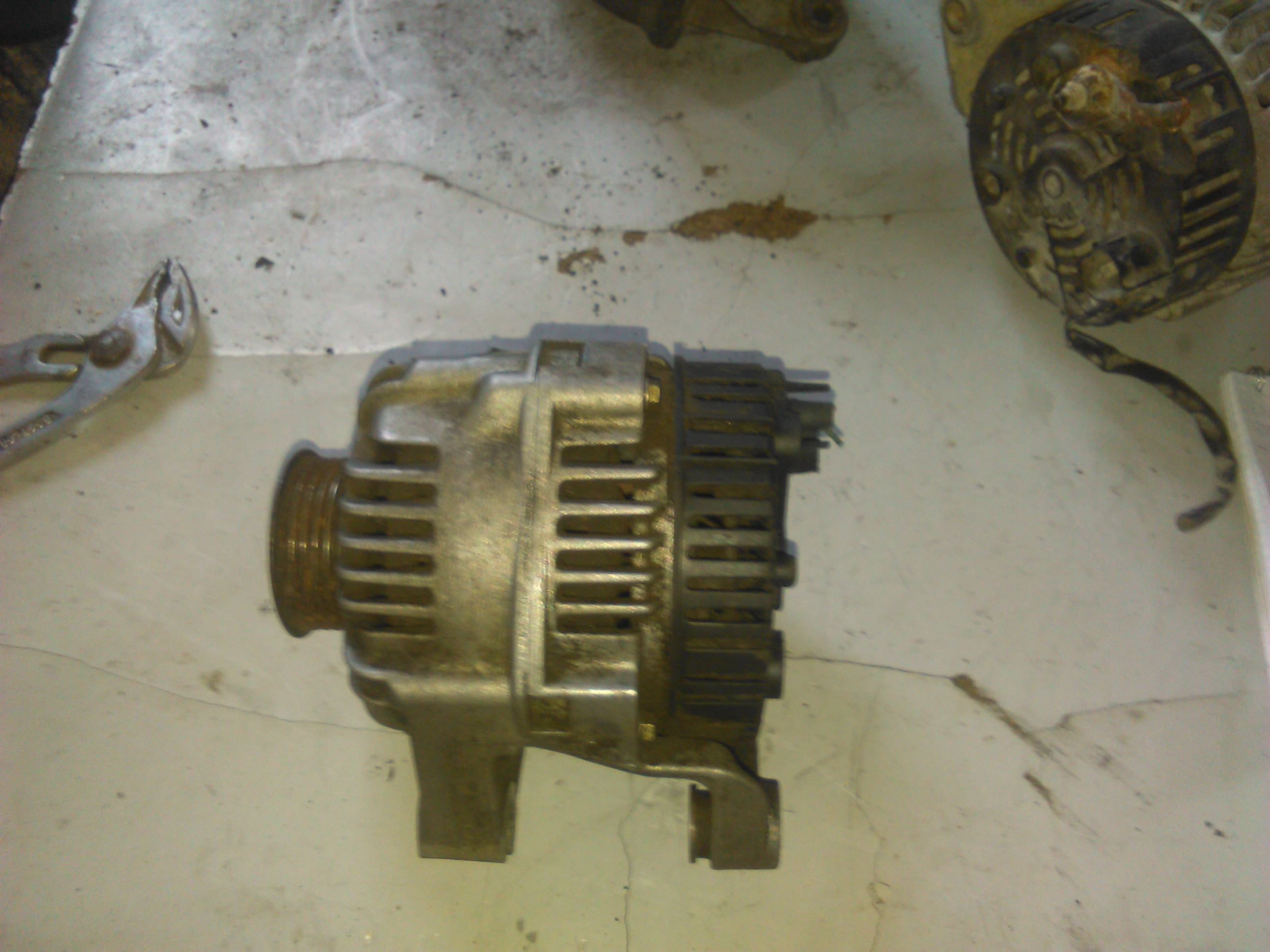 Alternator Citroen Saxo 1.5d cod 2541725b