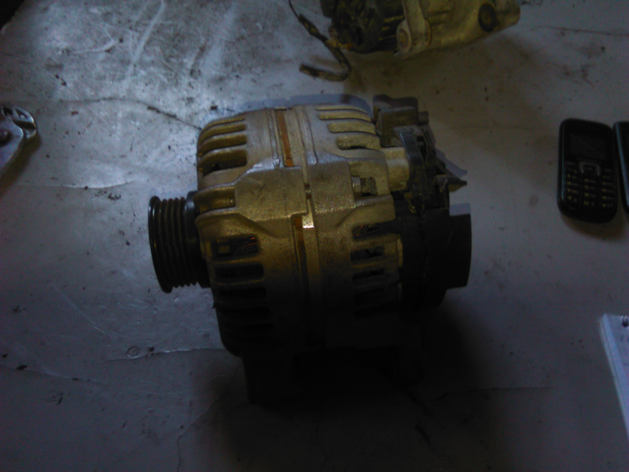 Alternator Opel Corsa C 1.2 16v cod 0124425021