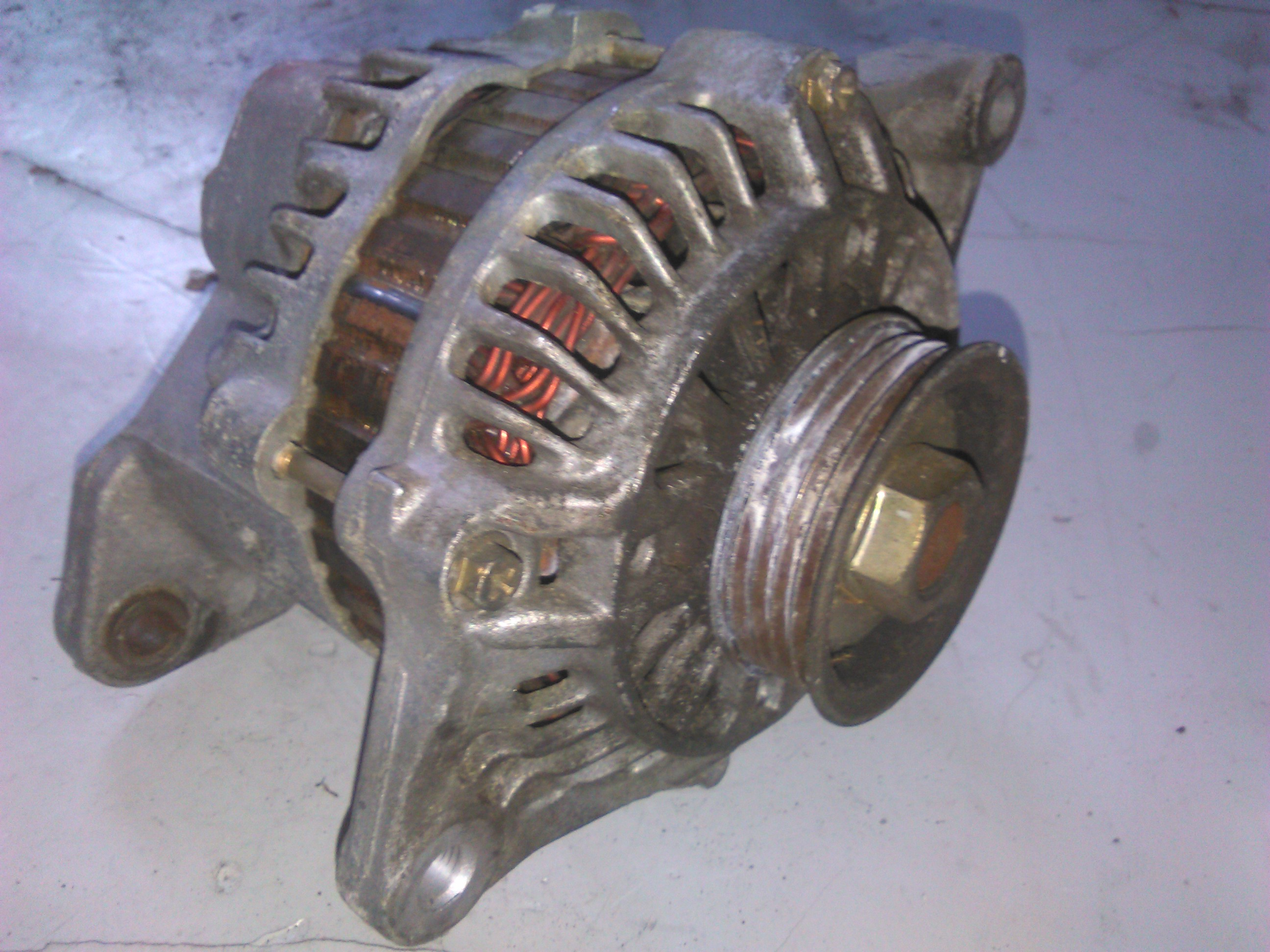 Alternator Nissan Almera 1.4 glx cod 23100-0M010, A5T06891B