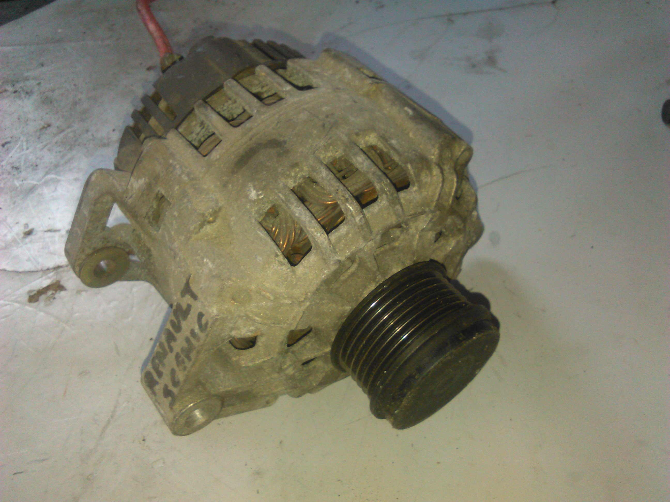 Alternator Renault Megane 1.9dti cod 7700430182