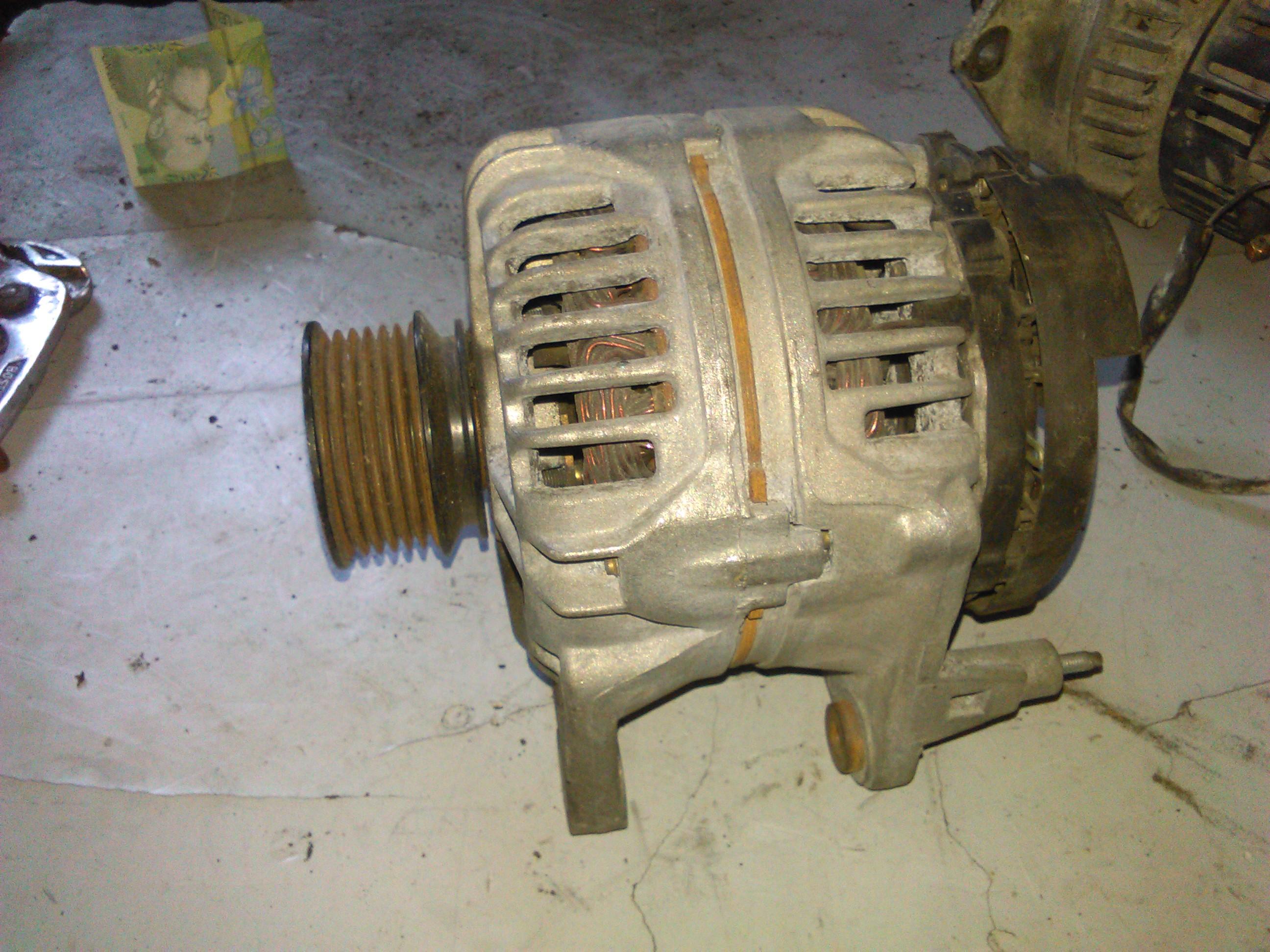 Alternator Vw Golf IV 1.8 cod 028903028D