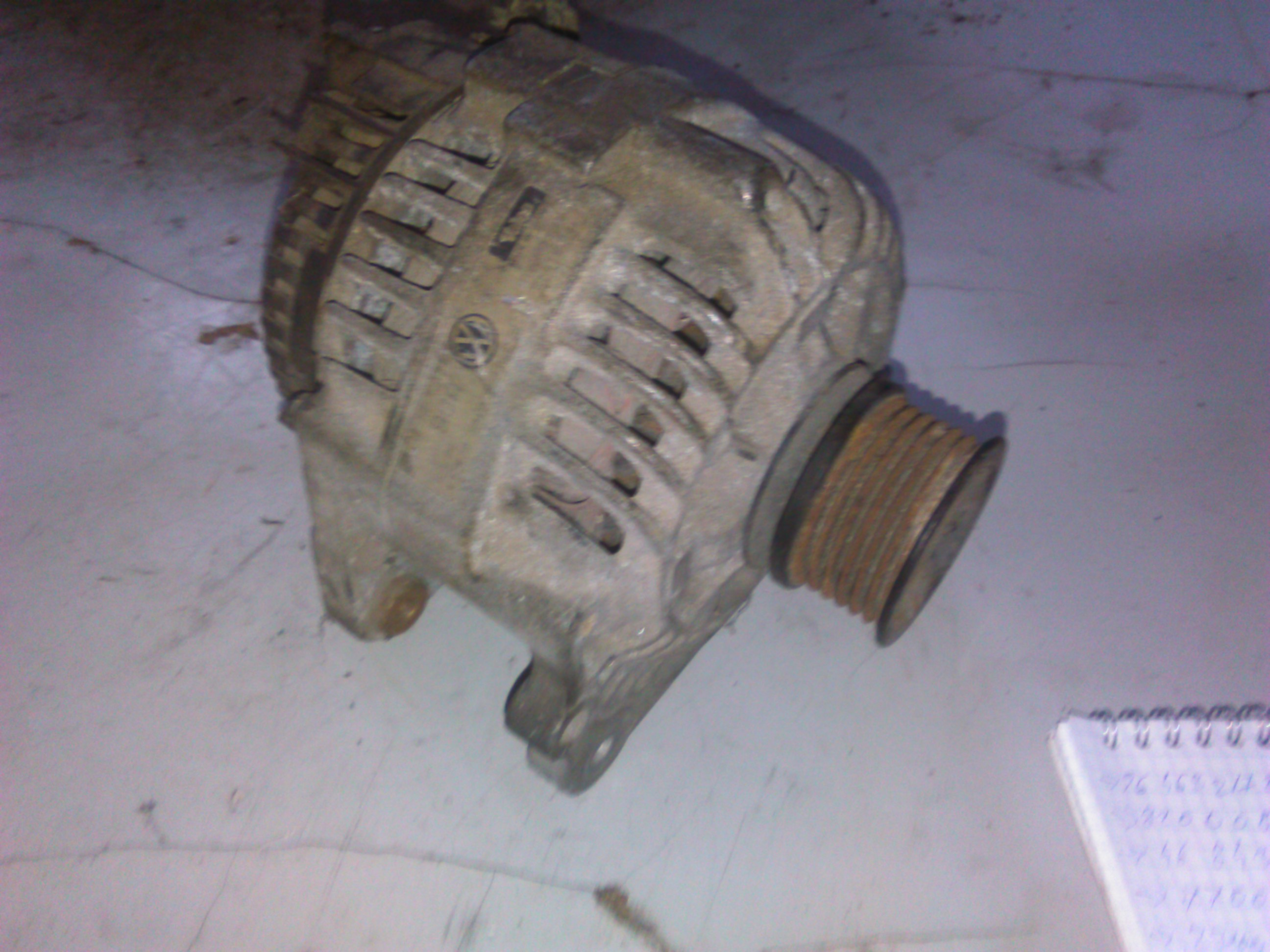 Alternator Vw Passat 1.9d cod 037903023