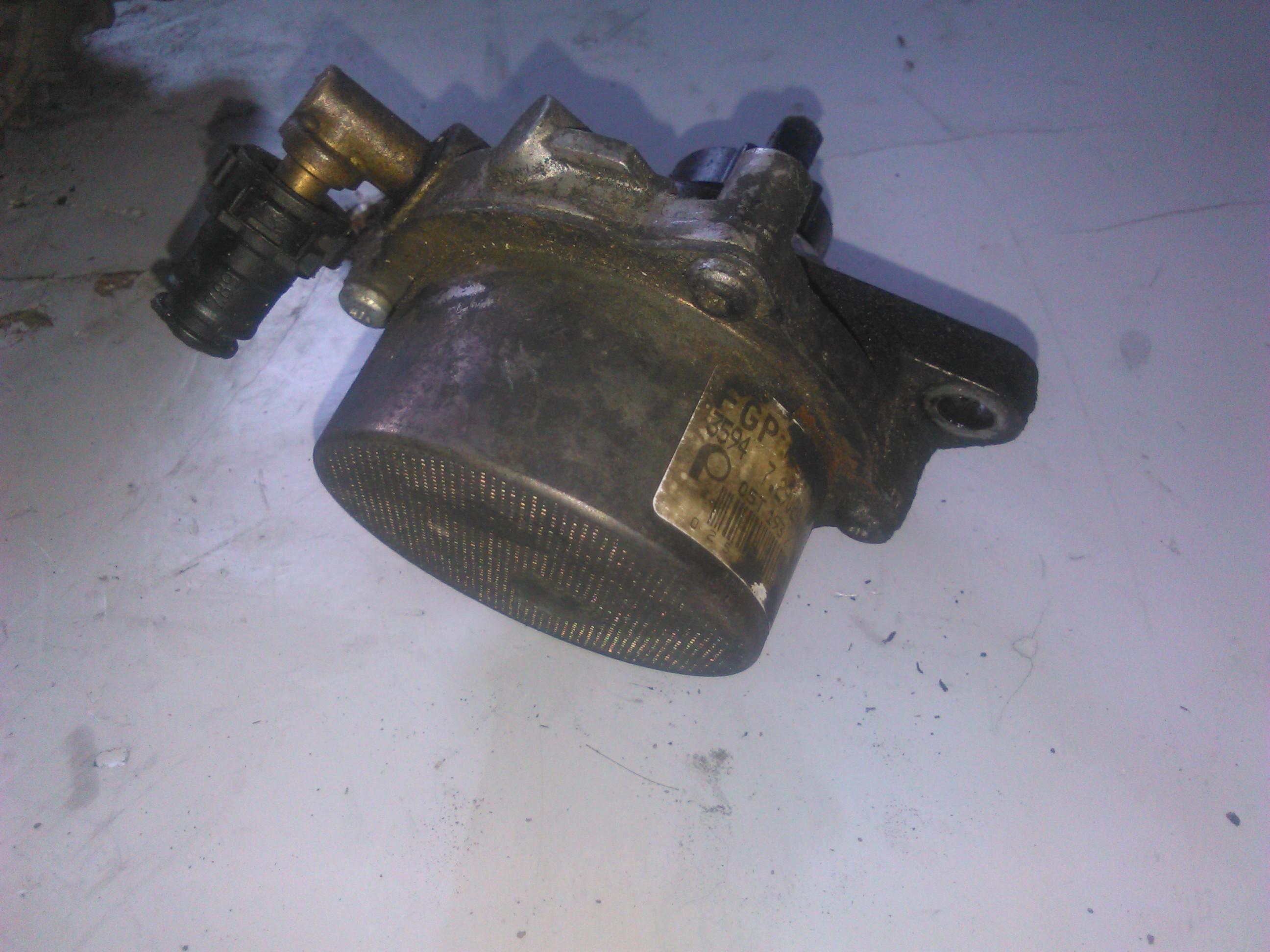 Pompa vacuum Opel Corsa C 1.3cdti cod 729024001