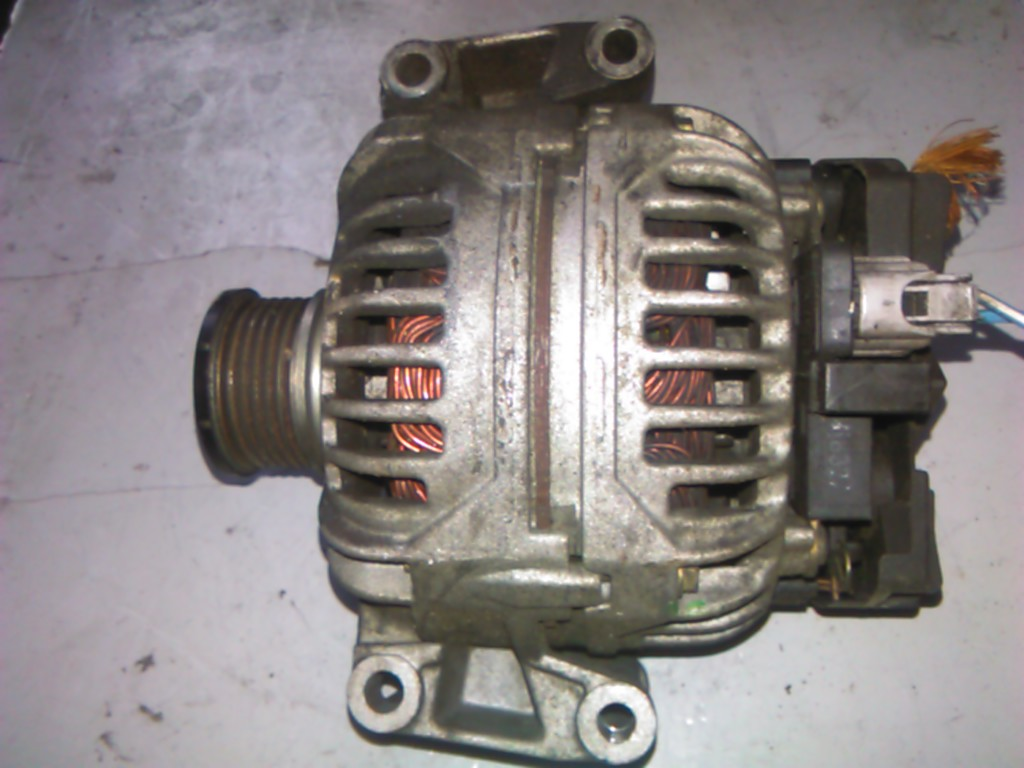 Alternator Jeep Grand Cherokee II 2.7CRD cod A0121544802, 0124515084