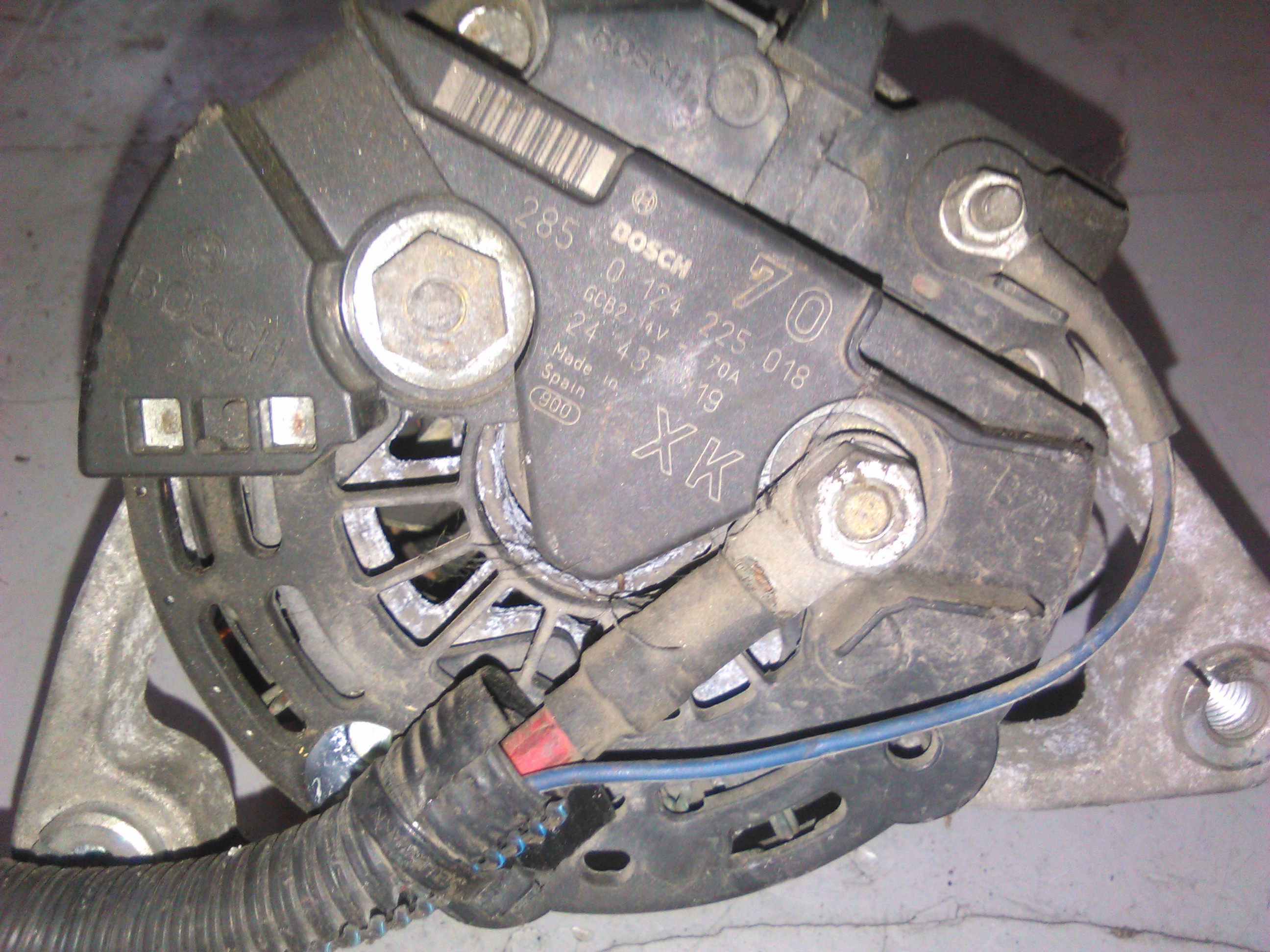Alternator Opel Corsa C 1.0 Z10Xe cod 0124225018