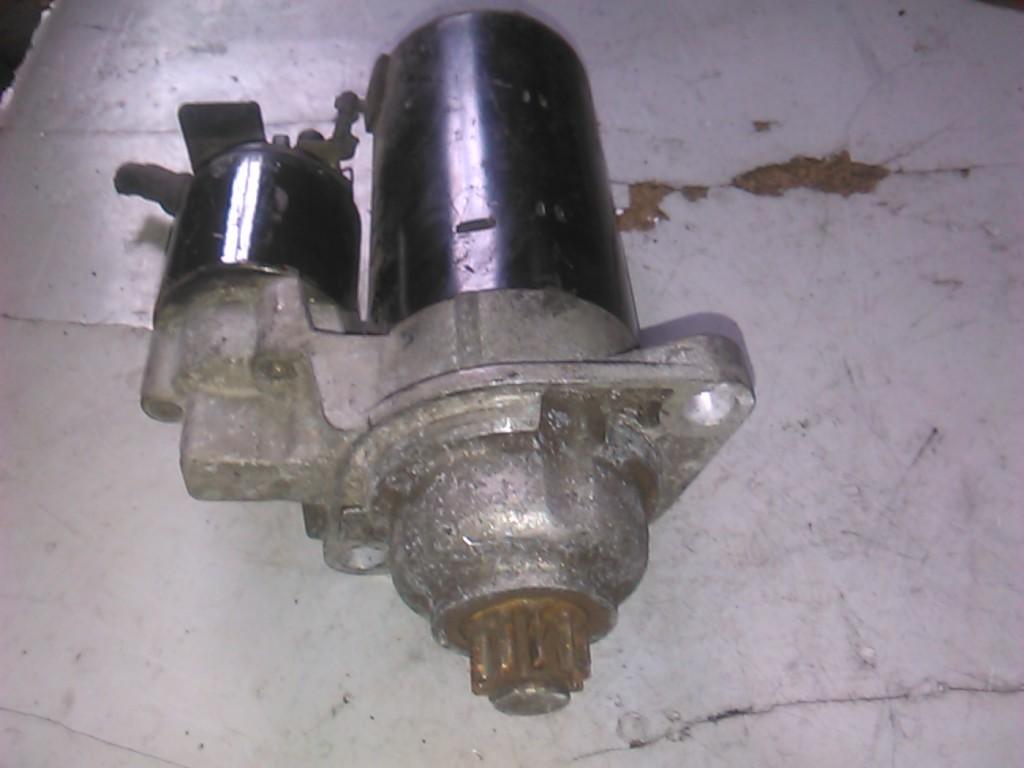Electromotor Vw Golf IV 1.9tdi cod 0001125012