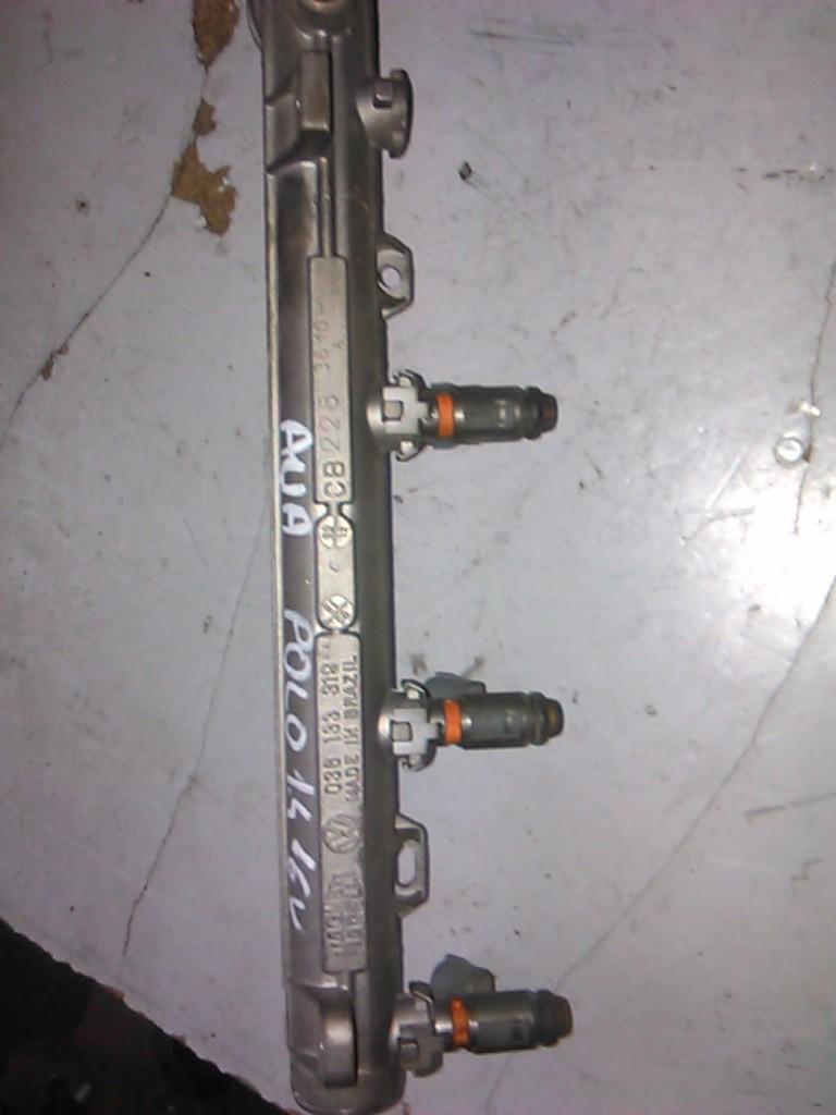 Rampa injectie Vw Golf IV 1.4 16V cod 036133319