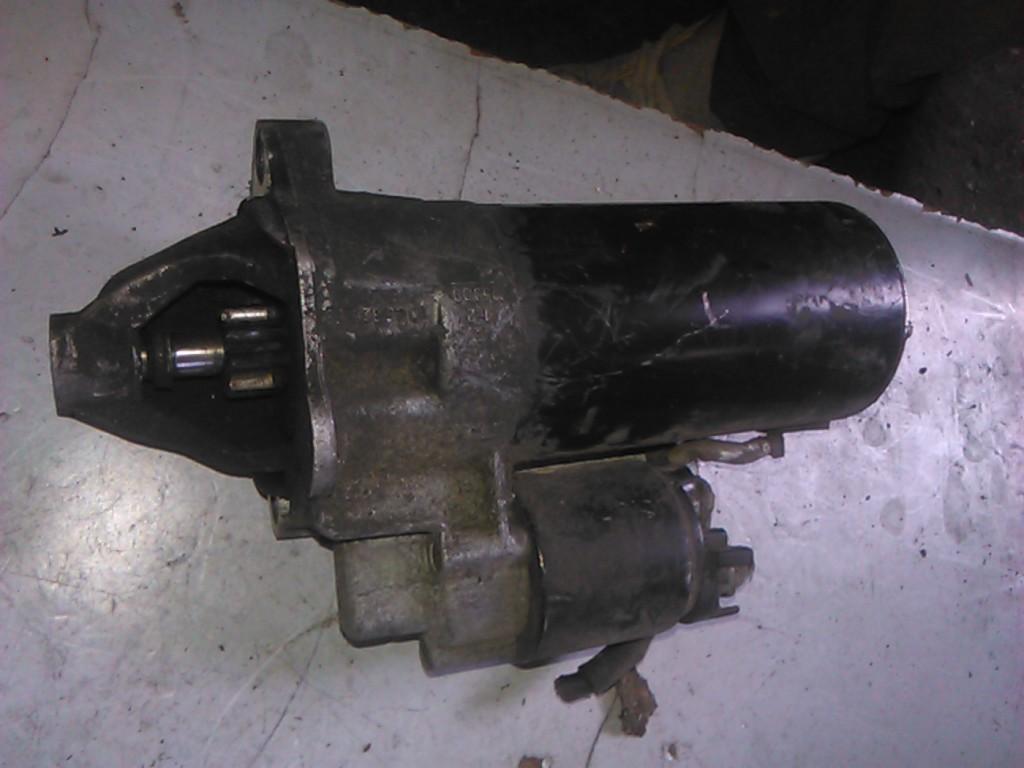 Electromotor Vw Passat 1.9td cod 0001110122