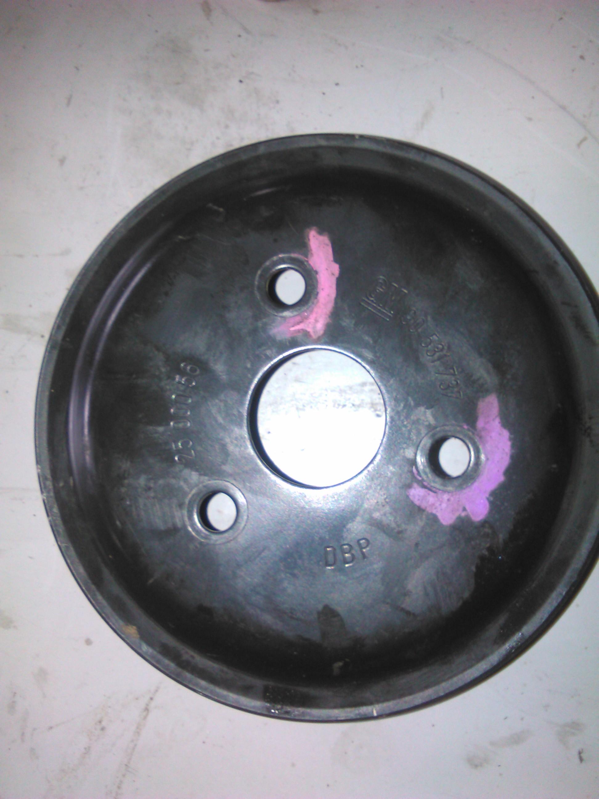 Fulie Pompa de apa Opel Corsa C 1.0 cod 90531737