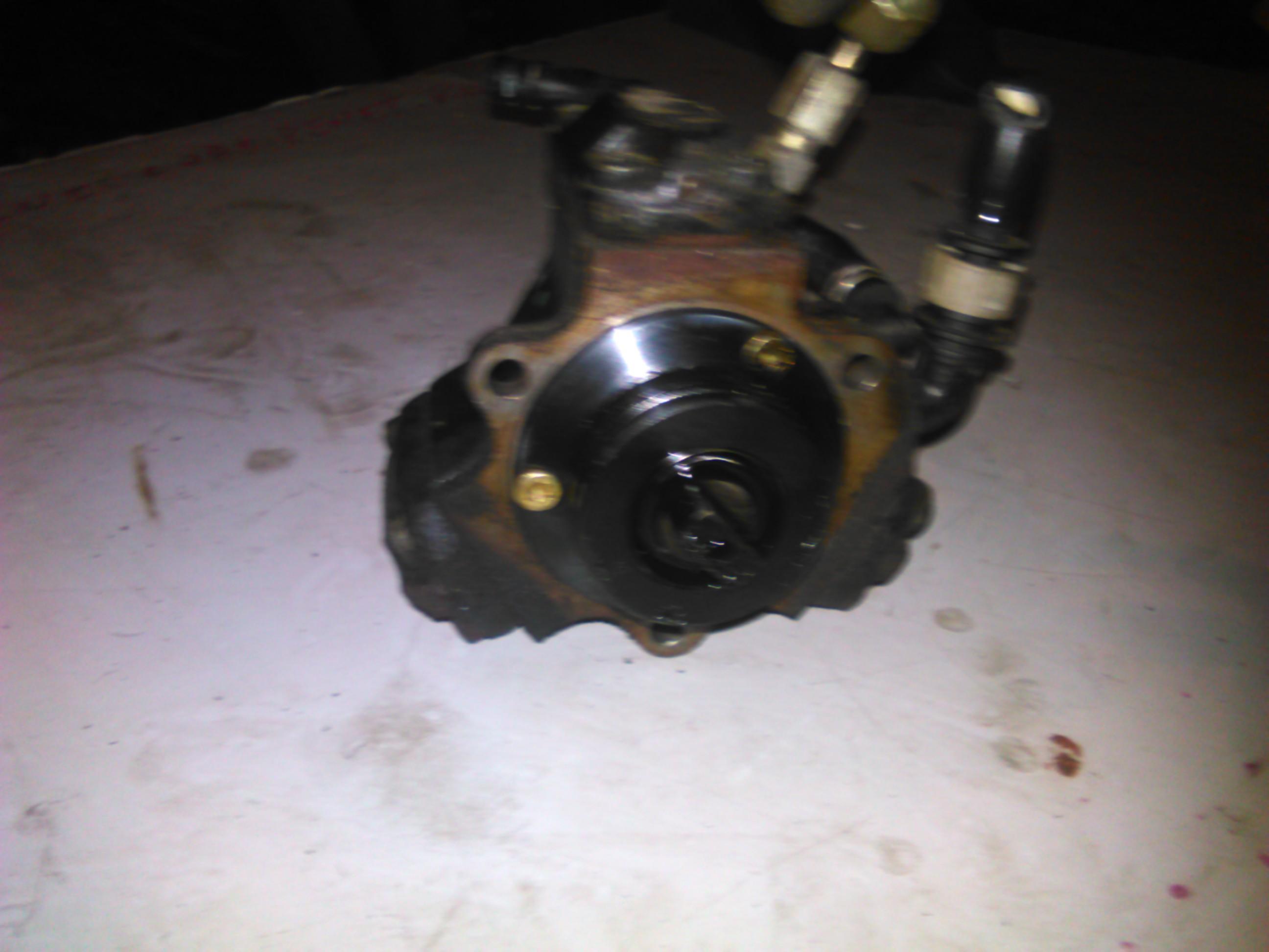 Pompa inalta presiune Opel Corsa c 1.3cdti cod 0445010080