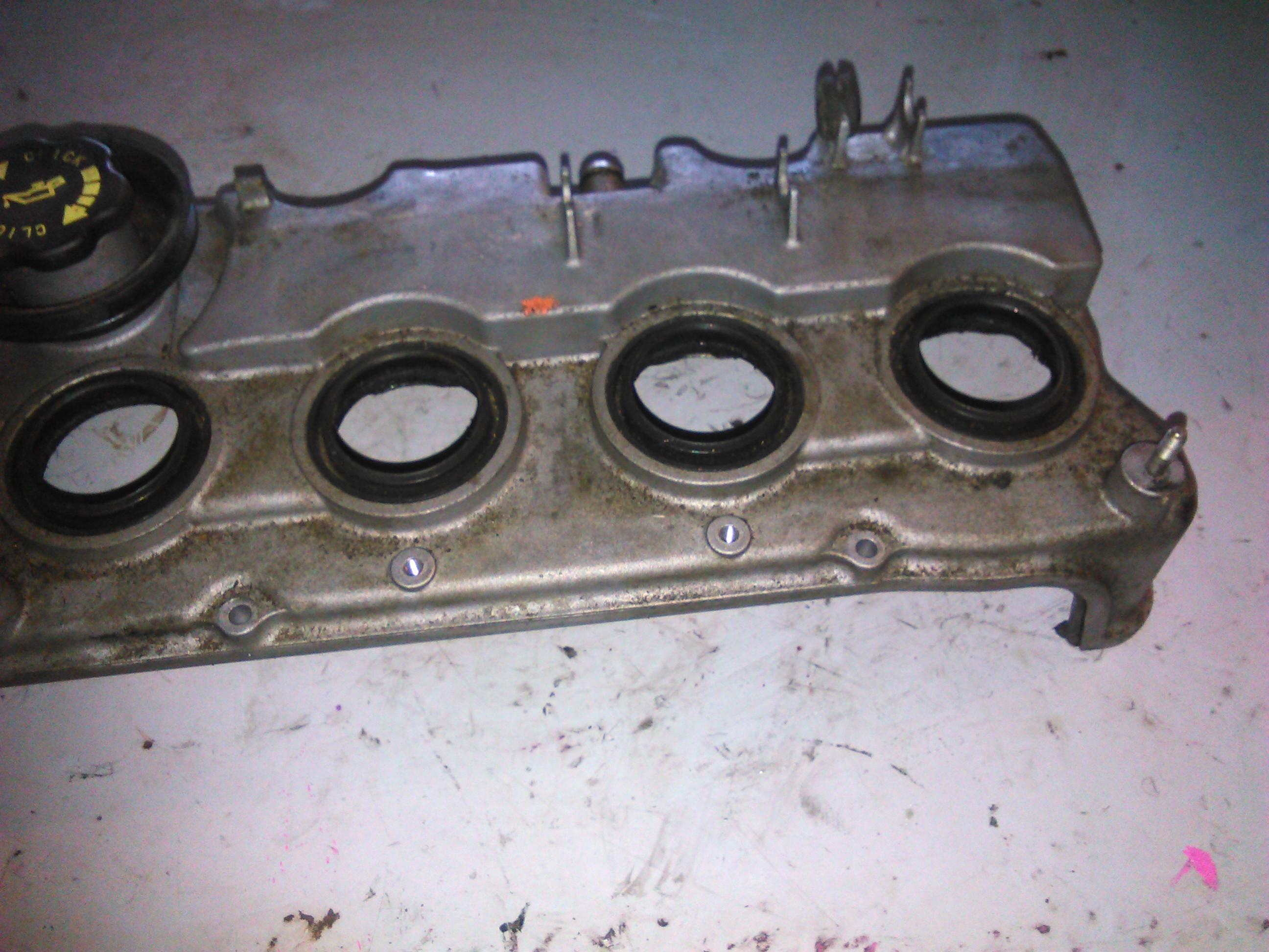 Capac Chiuloasa Mazda 6 2.0di RF5C