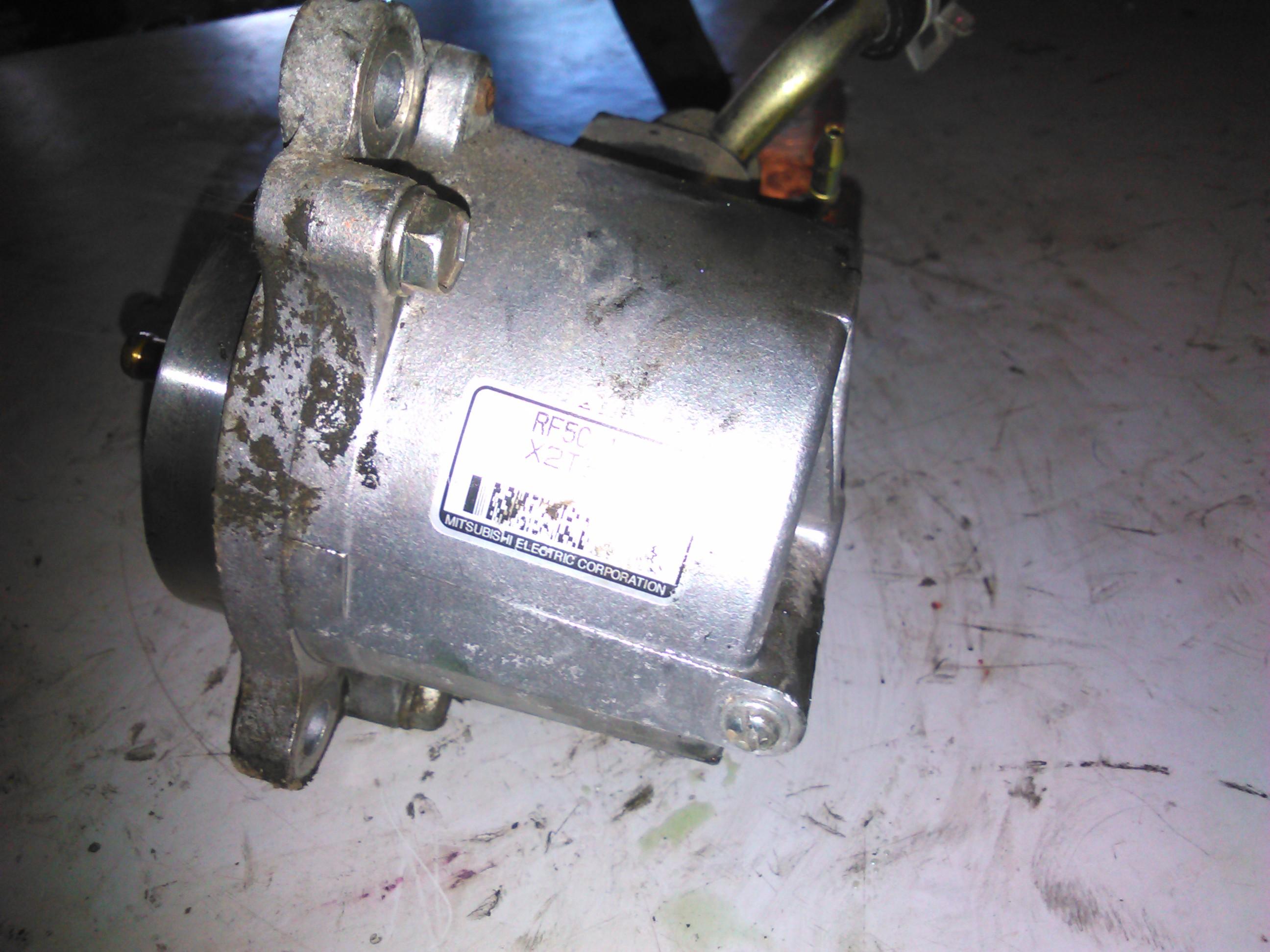 Pompa Vacuum Mazda 6 2.0di RF5C 13g00