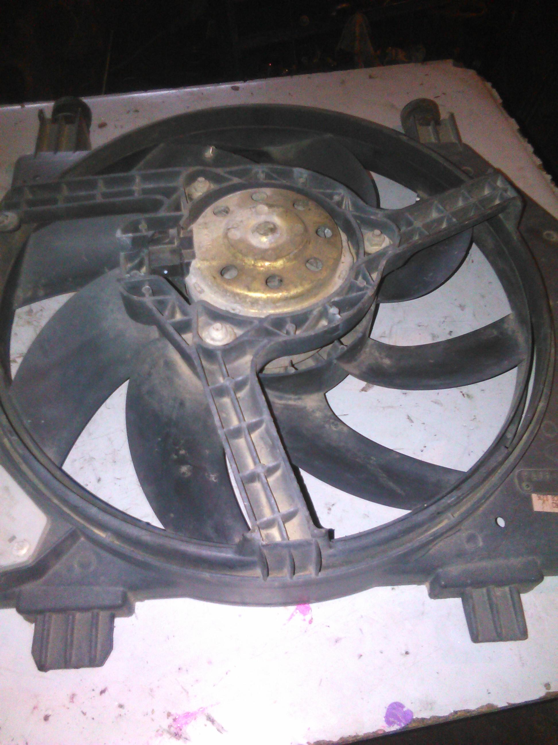 Electroventilator Ford Fiesta 1.3 cod 96FB-8C607-CL