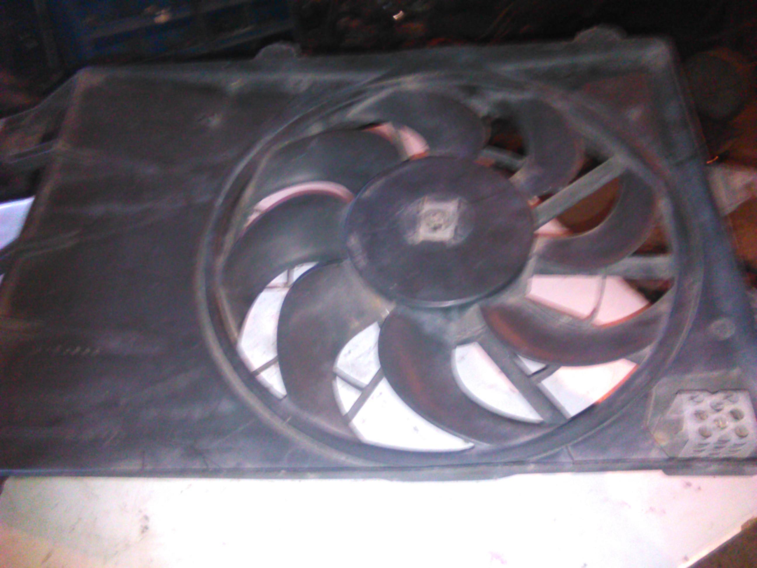 Electroventilator Ford Mondeo 1.8 16v cod 93bb-8146-ae