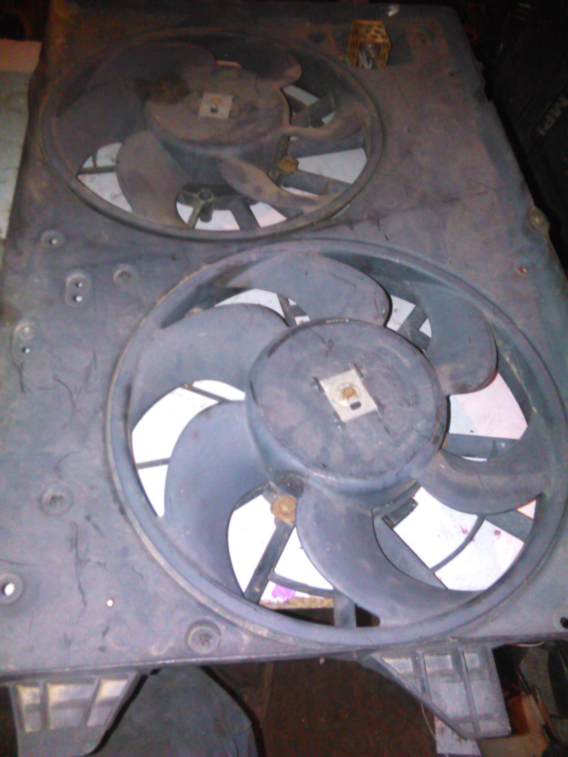 Electroventilator Ford Mondeo 2.0tdci cod 95bb-8146-bc