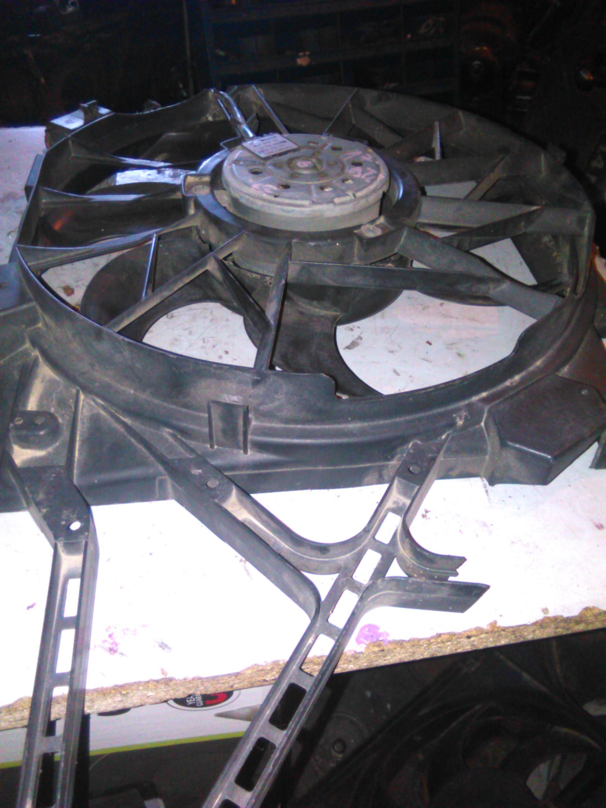 Electroventilator Opel Zafira 1.7dti cod 0130303246 (suport spart)