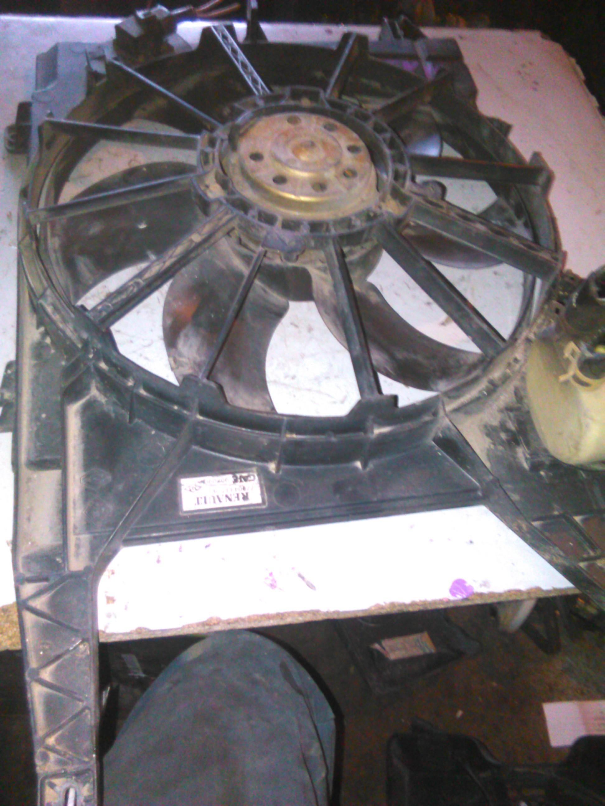 Electroventilator Renault Megane 1.4 16v cod 7700433728