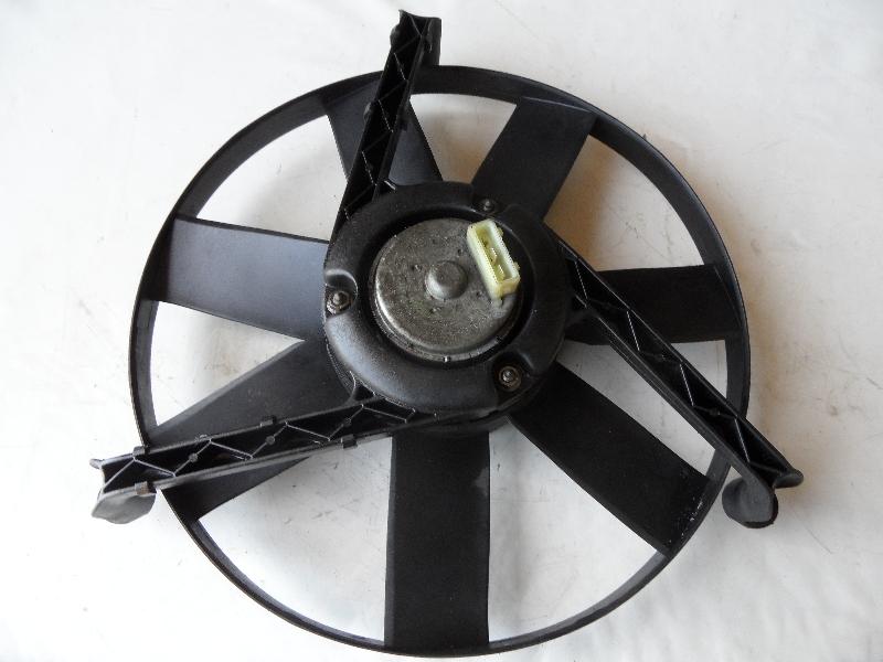 Electroventilator Vw Polo 1.3 cod 0130107282