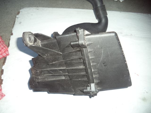 Carcasa filtru aer Skoda Fabia 1.2htp 2008 cod 6y0129620