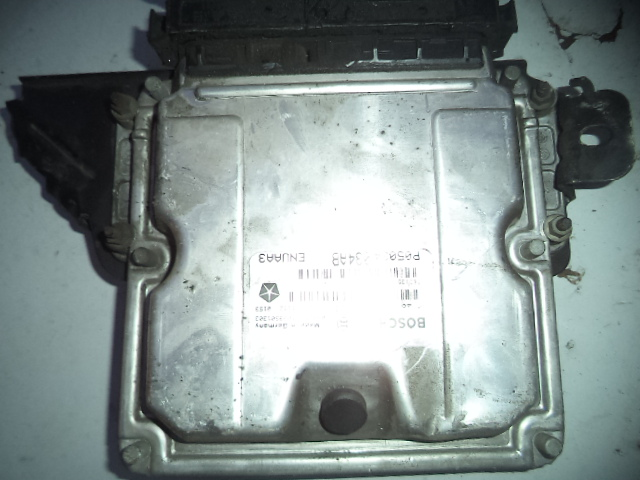 Ecu Chrysler Pt Cruiser 2.2crd (motor Mercedes) cod 0281011093