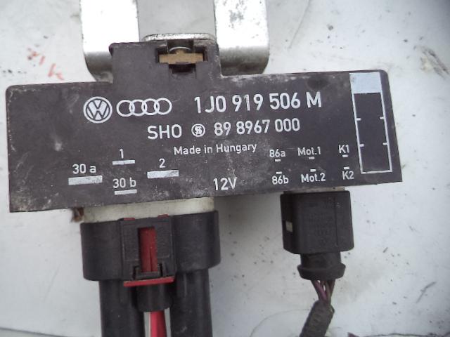 Releu ventilatoare Vw Golf IV 1j0919506M