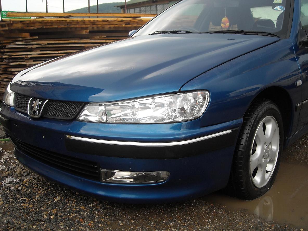 Dezmembrez Peugeot 406 2.0 hdi din 2003, injectoare