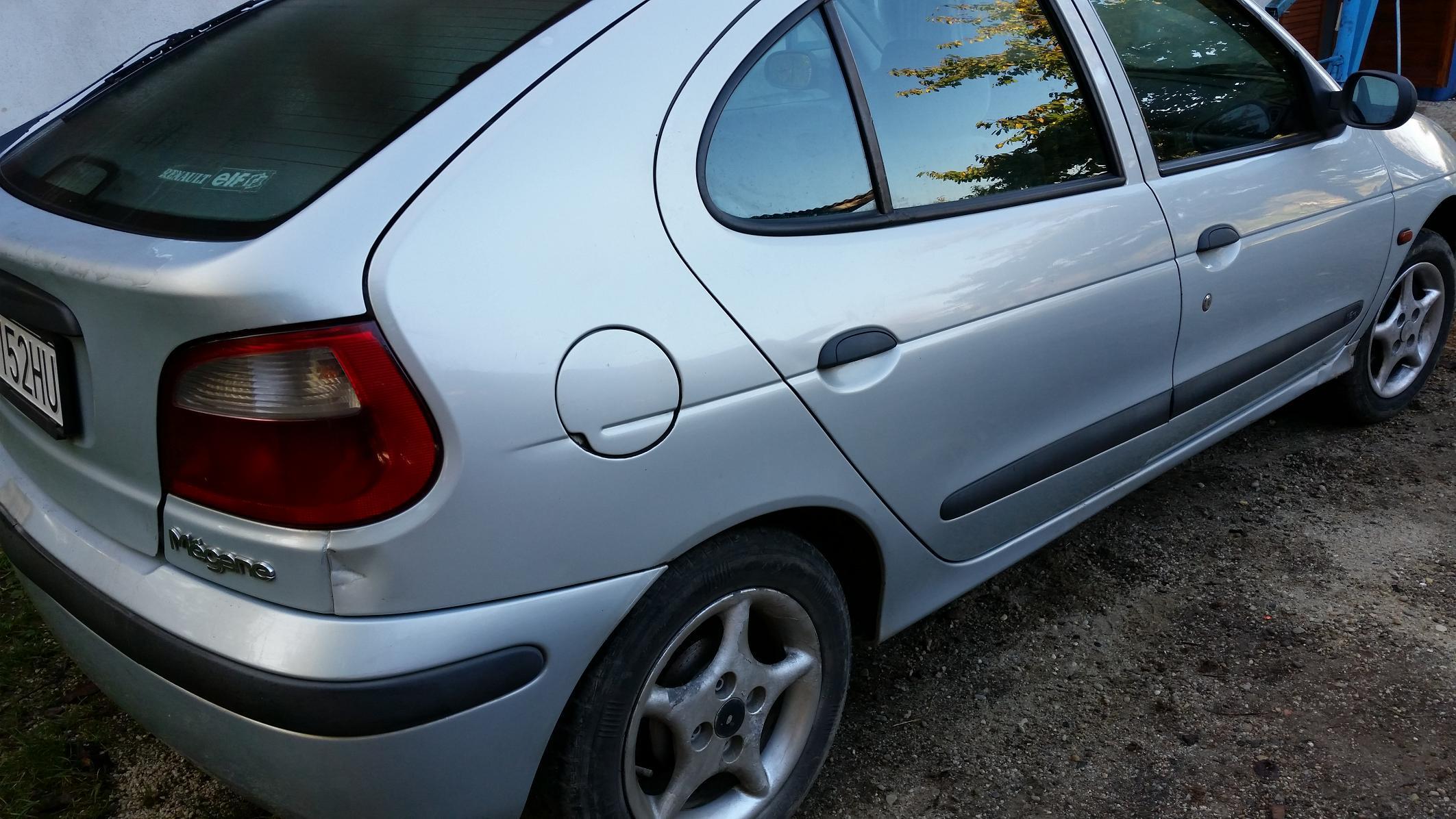 Dezmembrez Renault Megane 1, 1.9 diesel, 47 kw, caroserie