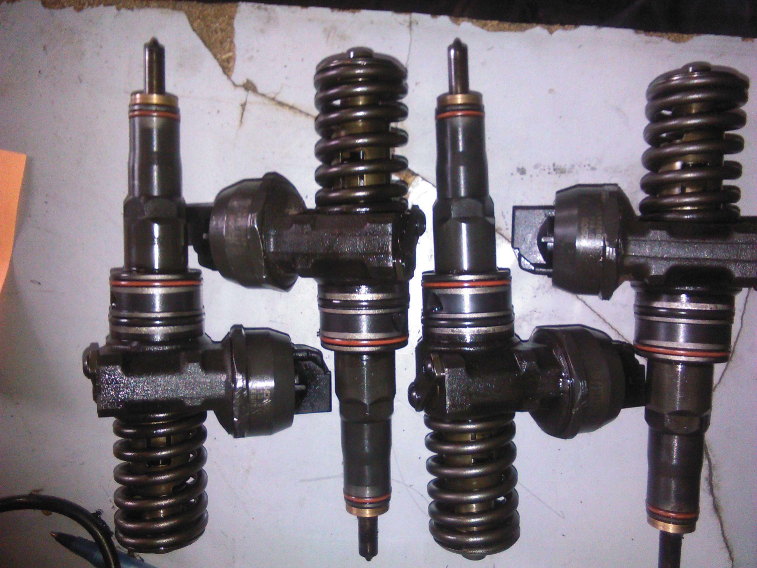 Injector Seat Ibiza 1.9tdi 101cp  motor ATD cod 0414720037