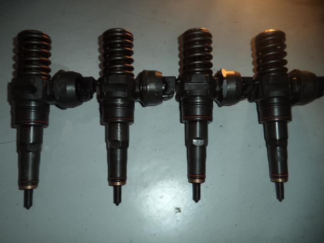 Injector Skoda Octavia 1.9tdi ATD cod 038130073AJ, 0414720037