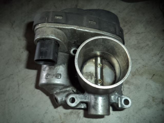 Clapeta de acceleratie Vw Lupo 1.4 16v motor AUA cod 036133062B