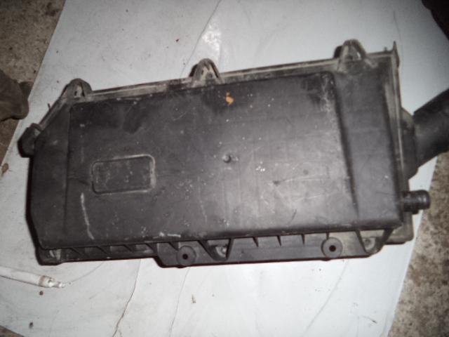 Carcasa Filtru aer Vw Polo 1.4 16v Motor AUA
