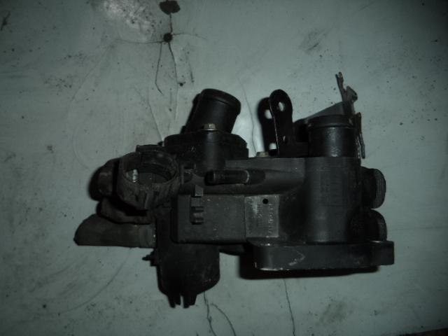 Carcasa Termostat Vw Lupo 1.4 16v cod 032121111