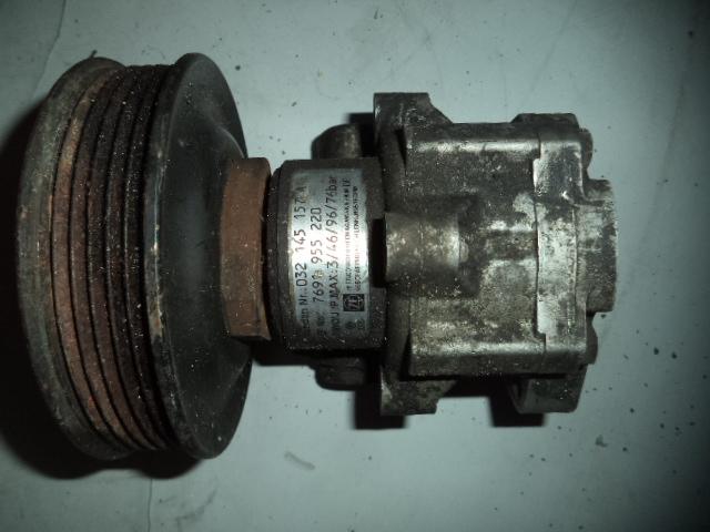 Pompa servo Vw Polo 1.4 16V cod 032145157A
