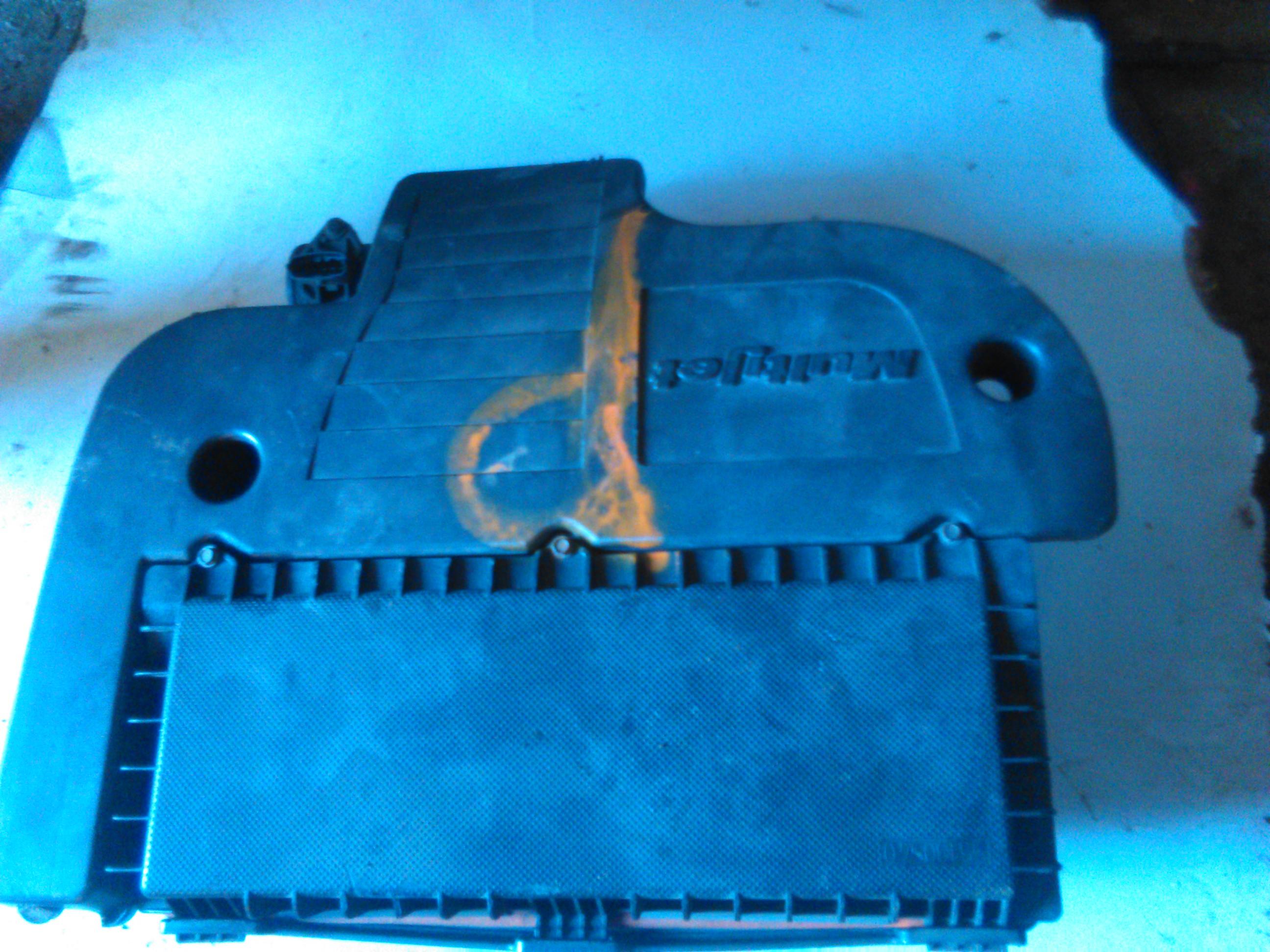 Carcasa filtru aer Fiat Idea 1.3 D multijet cod 55189134