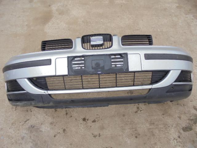 Bara fata Seat Leon 2004 completa (model fara proiectoare)