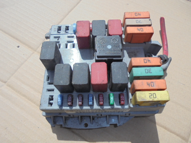 Tablou sigurante Fiat Doblo 1.9jtd cod 51763772