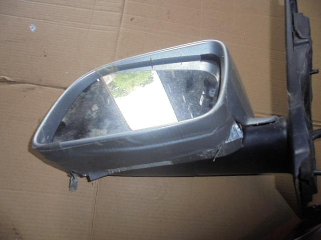 Oglinda stanga Vw Polo 9N (cu carcasa sparta)