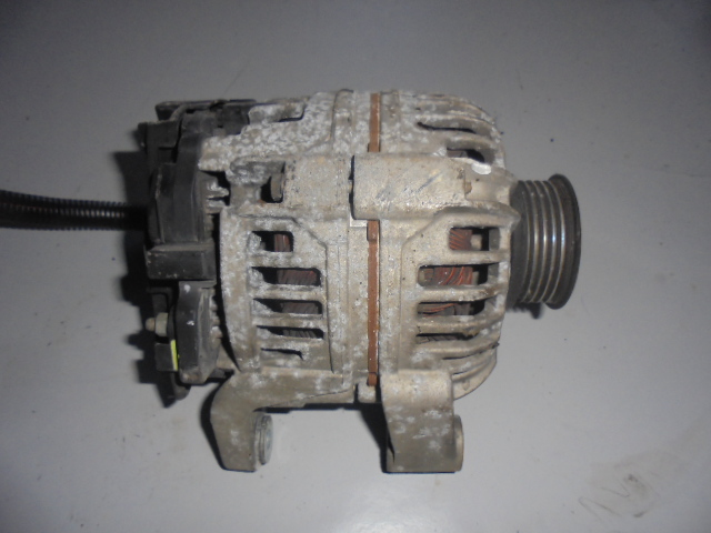 Alternator Opel Corsa C 1.2 70A cod 0124225041