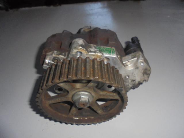 Pompa inalta presiune Renault Trafic 1.9dci cod 0445010075