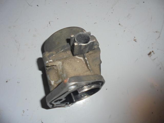 Pompa vacuum Renault Trafic 1.9dci cod 820039937