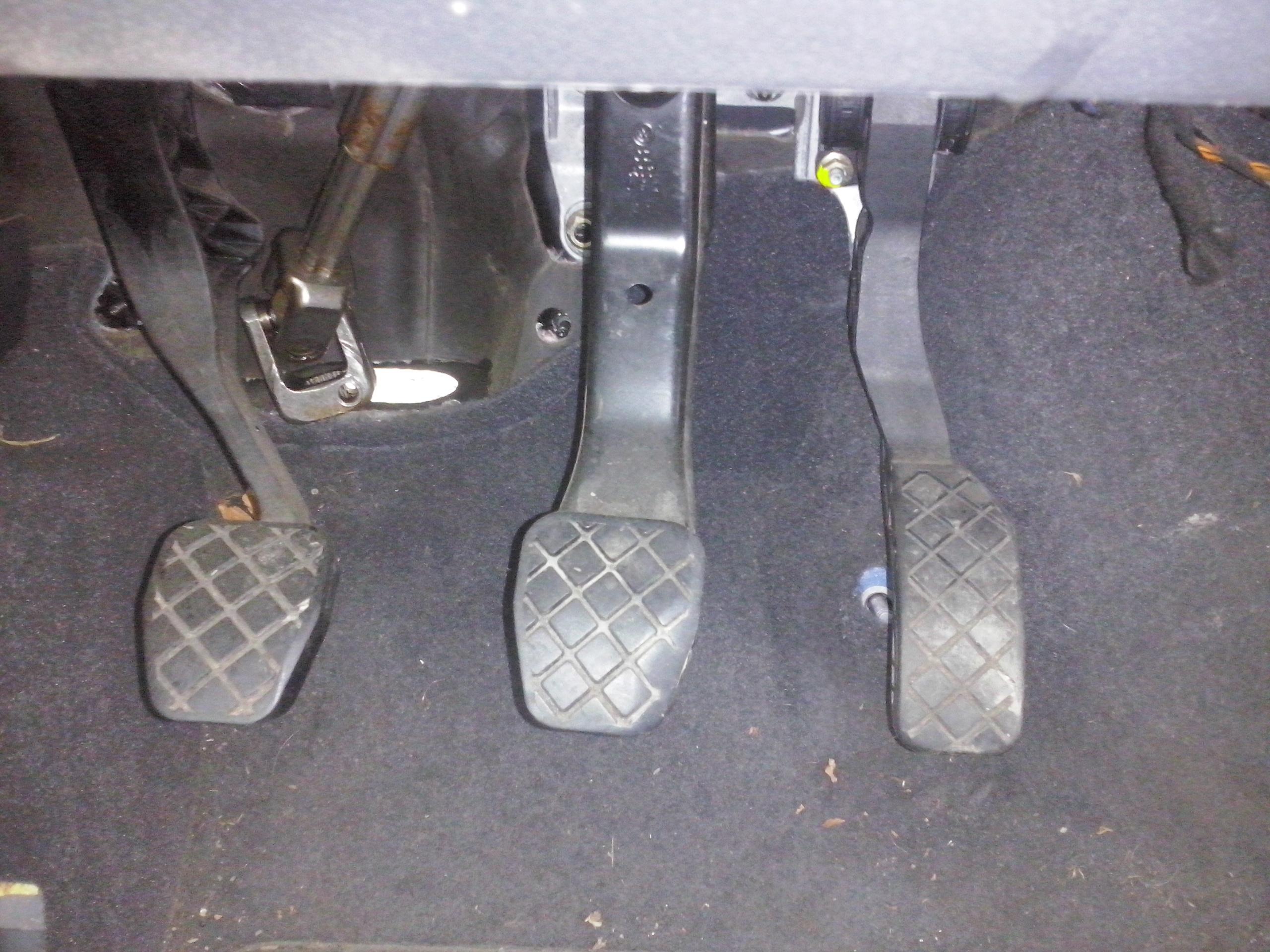 pedala acceleratie golf 5