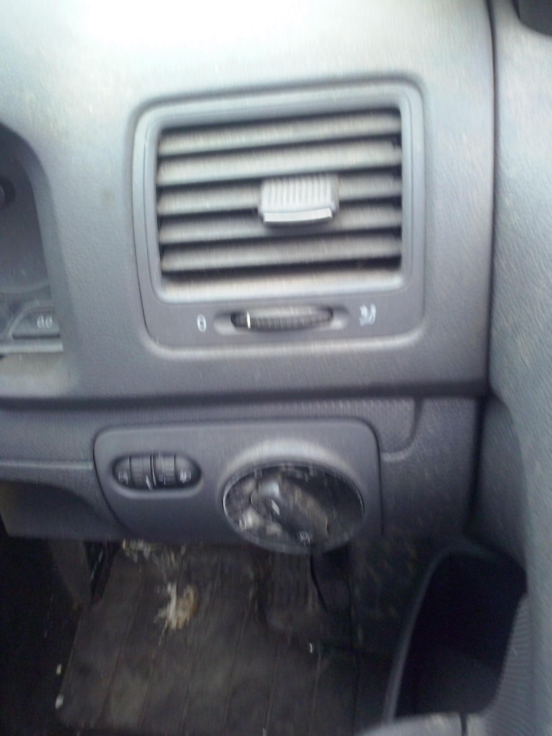 grila aer ventilatie volkswagen golf 5